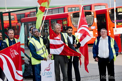 080913_Bus_Picket_23