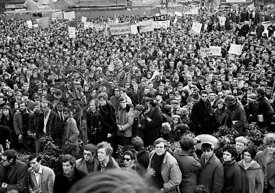 #70365,  Anti-Vietnam war demonstration march from Trafalgar Sq to Grosvenor Sq Sunday 17th March 1968.