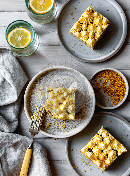 Lemon sheet cake with bee pollen.