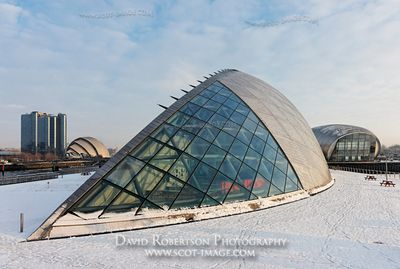 Image - Glasgow Science Centre, IMAX cinema, Crowne Plaza Hotel, Scotland.