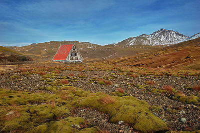 Iceland | Emergency hut | Metal wall art