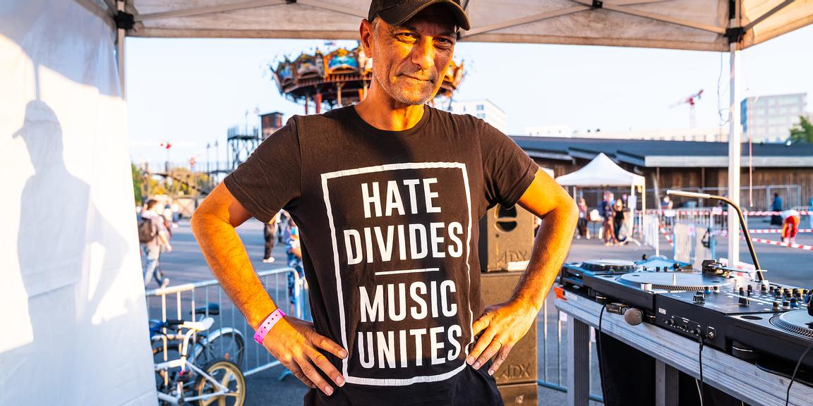 """Hate Divide, Music Unit"""