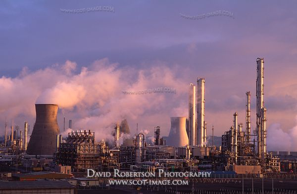 Image - Grangemouth, Petro-chemical and refinery complex