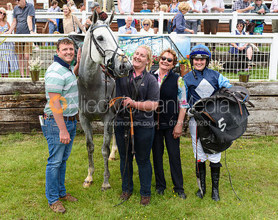 CELTIC SILVER (Gina Andrews) - Race 4 - Ladies Open - The Fitzwilliam at Dingley