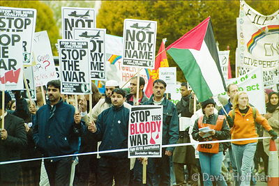 01111903-24a Peace march, London.19 Nov 2001