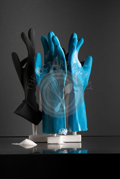 Rubber dishwashing glove