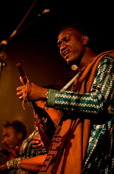 Bassekou Kouyate and Ngoni ba performing live in London