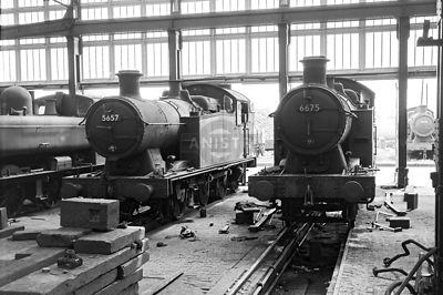 PHOTOS OF WR 5600 CLASS 0-6-2T STEAM LOCOS