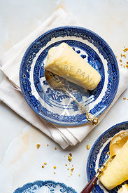 Saffron Pistachio Kulfi - Eggless Indian Ice cream