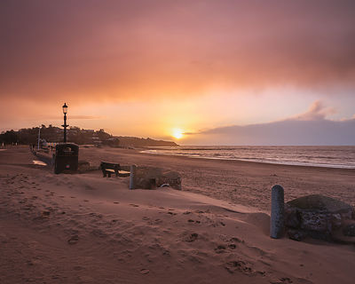 Dusky_sunrise_in_rain_-_Exmouth