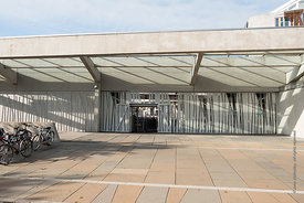 #122368,  Scottish Parliament building at Holyrood, Edinburgh.  Designed by Spanish architects, Enric Miralles & Benedetta Ta...