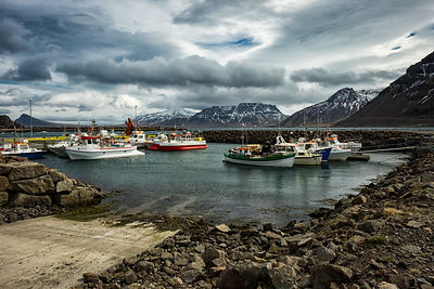 20160510-Fishing_Port_South_of_Djupavik