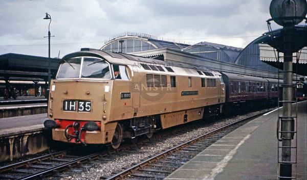PHOTOS OF BR DIESEL LOCOMOTIVES