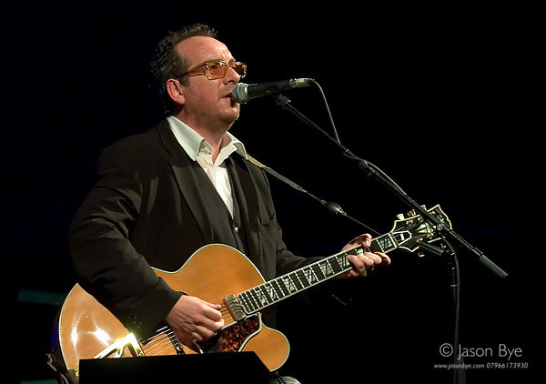 ELVIS COSTELLO, UEA, NORWICH, 24/5/05