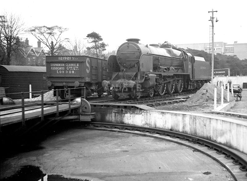 Steam loco LN 850 Bournemouth