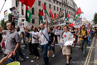 070609_South_Bank_086 Pro Palestine demonstration demo in central London. 9 June 2007.