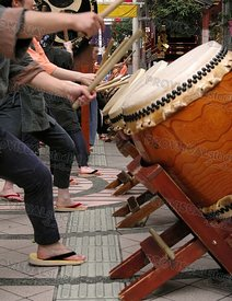Japanese drums show-action detail