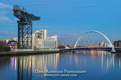 Image - River Clyde, Finnieston Crane, Clyde Arc, Squinty Bridge, Glasgow.