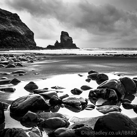 View over Talisker Bay at low tide