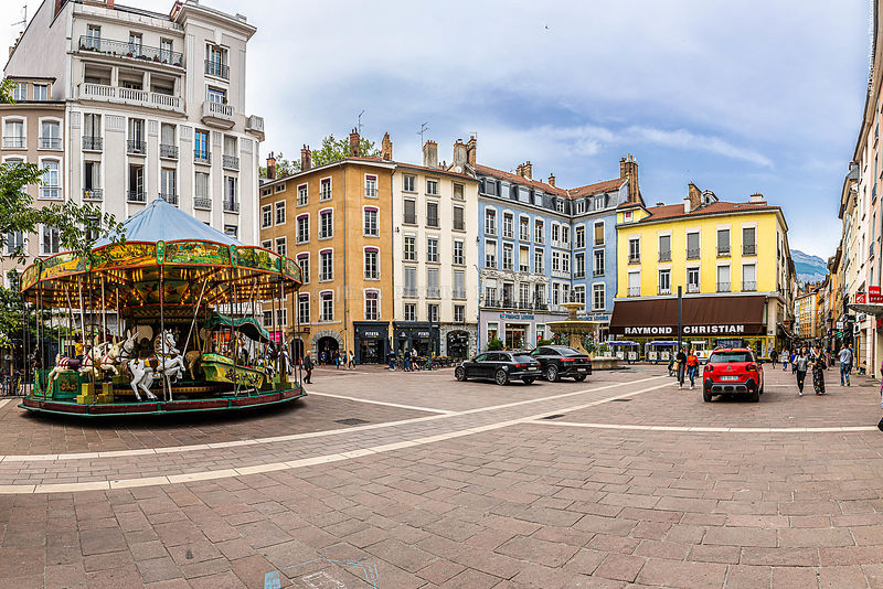 Grenoble_Place_Grenette