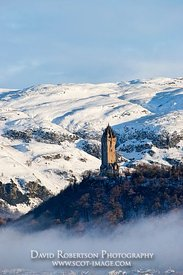 Image - Wallace Monument in snow, Stirling, Scotland