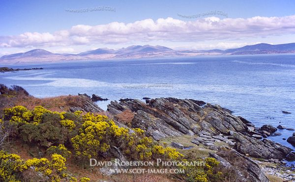 Image - Isle of Arran across the Kilbrannan Sound from Kintyre, Scotland