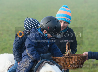 At the meet - The Cottesmore Hunt at Withcote 30/11