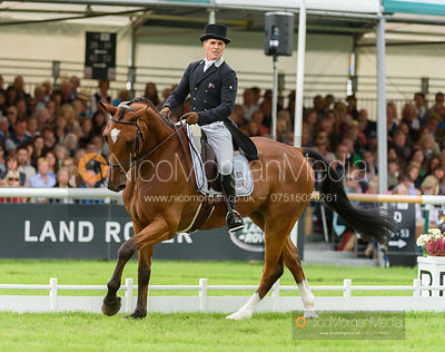 Blyth Tait and BEAR NECESSITY V - dressage - Burghley 2016