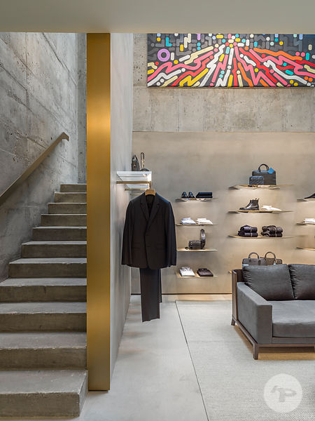Retail Architecture Photographer - DIOR MEN SOHO NY - Photo ©Kristen Pelou