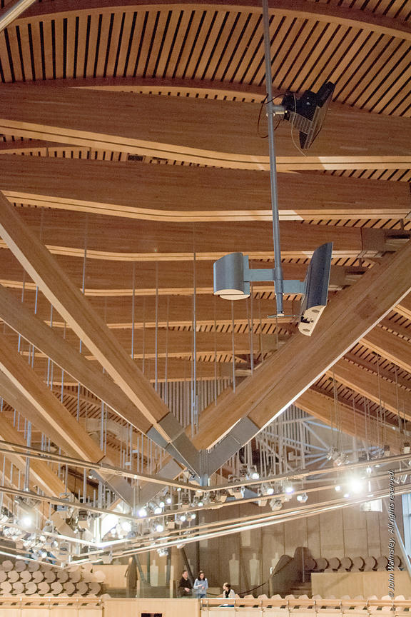 #027695,  Roof construction, debating chamber of the new Scottish Parliament building at Holyrood, Edinburgh.  Designed by Sp...