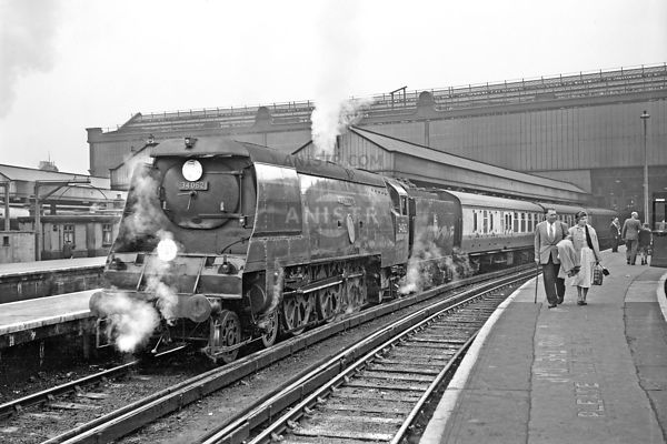 Steam loco BB 34062 Waterloo