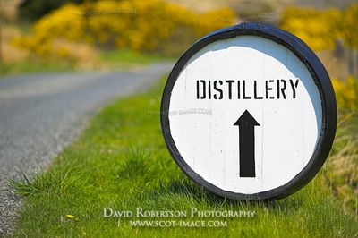Image - Barrel sign to Bunnahabhain Distillery, Islay, Scotland