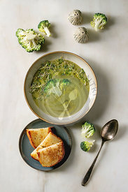 Green vegetable soup