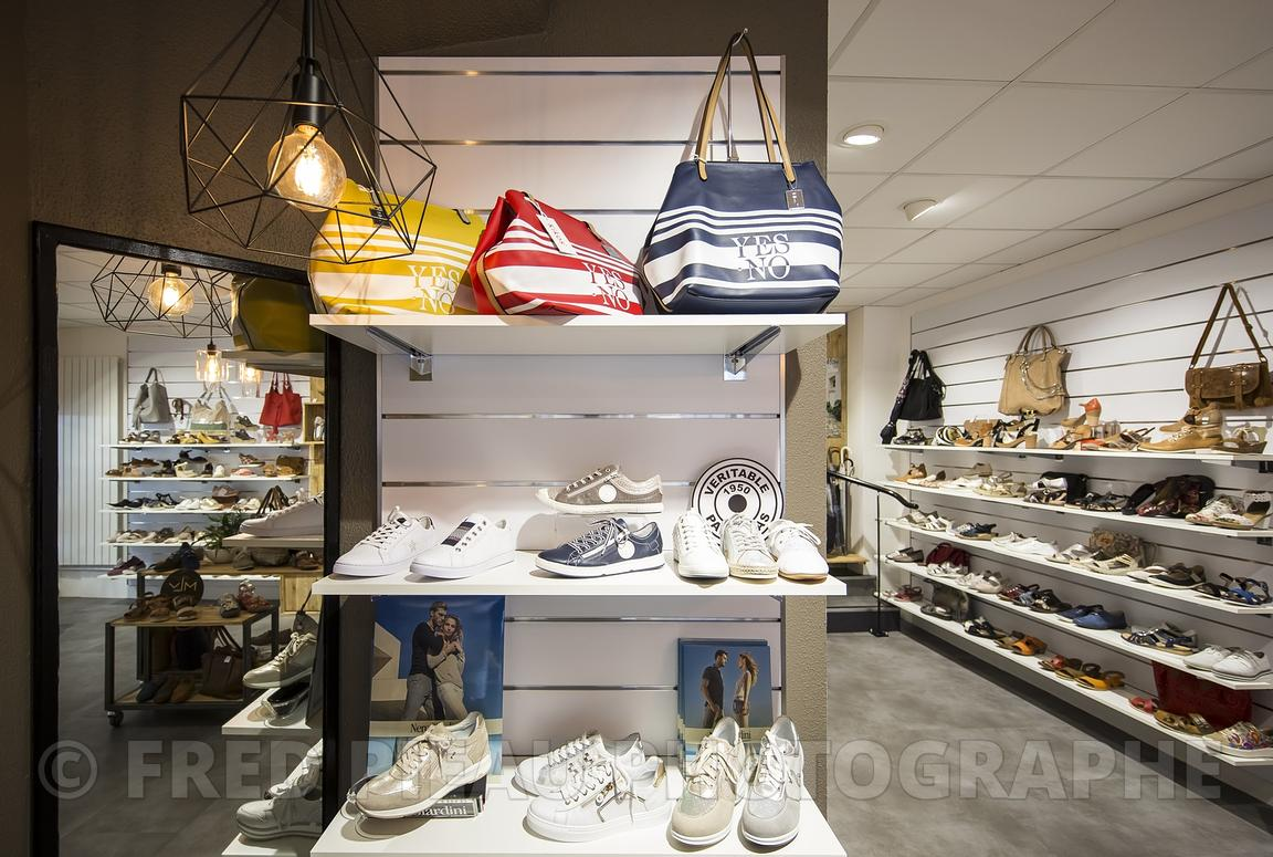 ARCHITECTURE-MAGASIN-CHAUSSURES-024