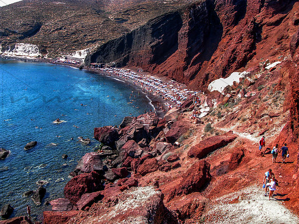 Red beach in Santorin