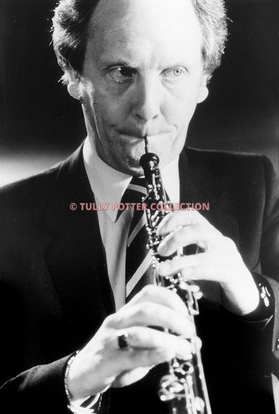 T16861_Anthony_Camden_English_oboist