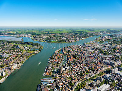 Three river point, Dordrecht, where the rivers Oude Maas, Lower Merwede and North meet | 306180