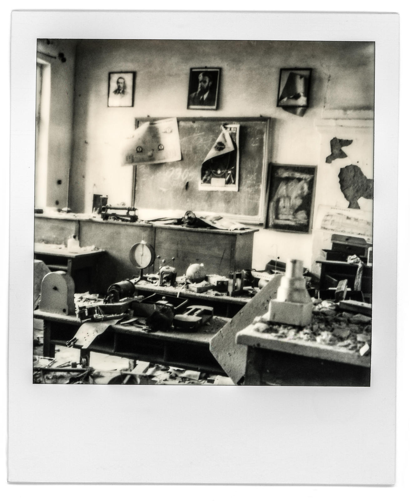 photo-polaroid-tchernobyl-chernobyl-28