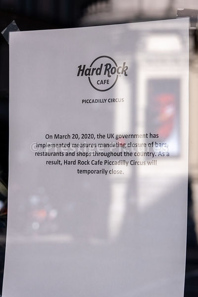 Hard Rock Cafe closed sign