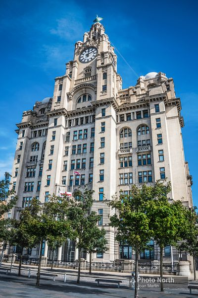 LIVERPOOL 05A - Royal Liver Building