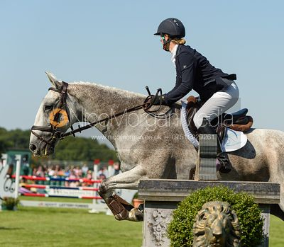 Ashley Edmond and TRIPLE CHANCE II, showjumping phase, Land Rover Burghley Horse Trials 2018