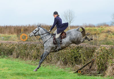 Beanie Sturgis jumping Hose Thorns - The Belvoir Hunt at Hose 27/11