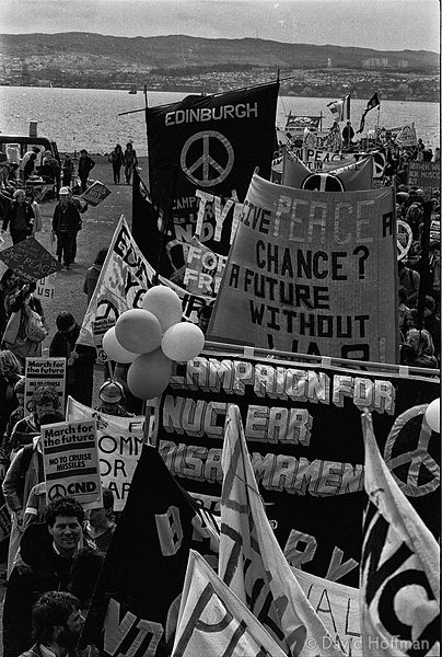 N83 CND March for the Future 1981