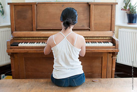 #73067,  Playing the piano in the canteen, Summerhill School, Leiston, Suffolk. The school was founded by A.S.Neill in 1921 a...