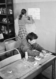 #75025  In the classroom, Liverpool Free School, Liverpool  1971.  Also known as the Scotland Road or Scottie Road Free Schoo...