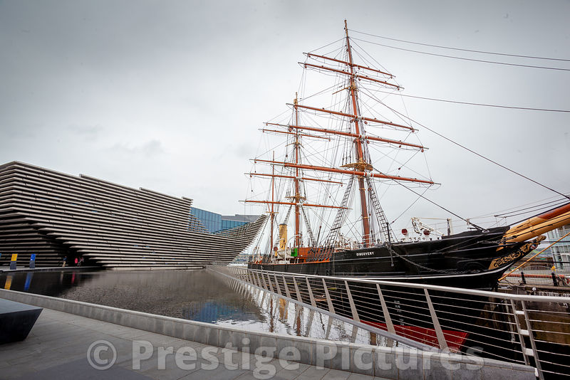 RRS Discovery berthed next to the new V&A Museum in Dundee