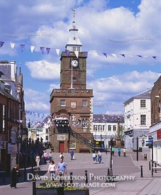 Image - Dumfries High Street and Mid Steeple, Scotland