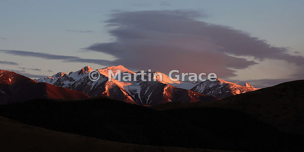 2:1 image of Ben Ohau Range from the SE at sunrise, Twizel, Canterbury, South Island, New Zealand