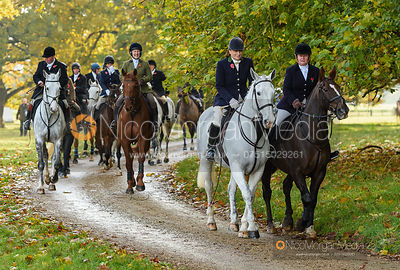 Arriving at the meet - Fitzwilliam Hunt Opening Meet