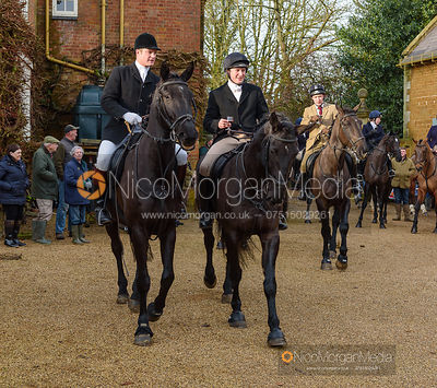 At the meet. The Cottesmore Hunt at Pickwell 31/12